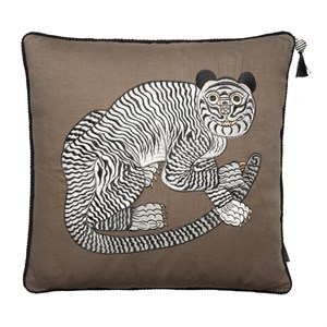 Cozy Living - Fable Tiger Embroidered - Taupe