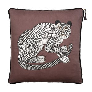 Cozy Living - Fable Tiger Embroidered - Lavender