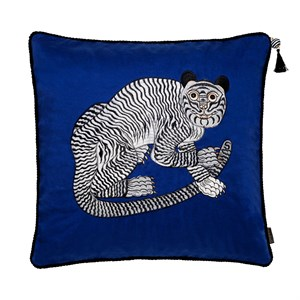 Cozy Living - Fable Tiger Embroidered - Ultramarine