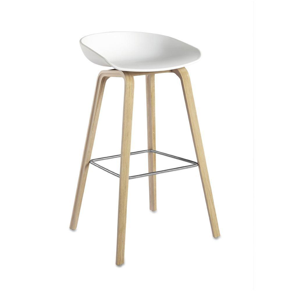 Enorm Flot Hay About a stool white. God pris hos TrendyLiving KE-53